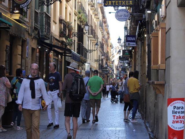 11 walking down Fermin Calbeton - Pintxo bar