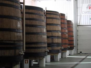 07 wooden barrels