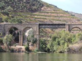 17 Douro River cruise
