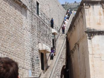 15 steps to city walls