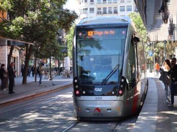 01 light rail into Zaragoza